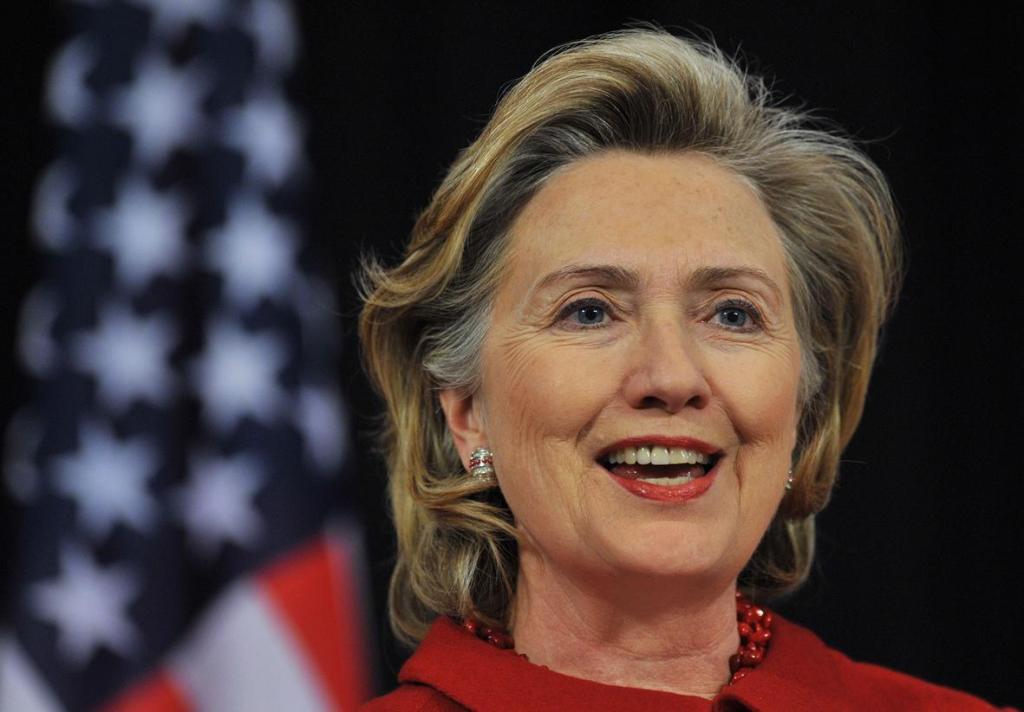 希拉里宣布角逐民主党总统候选人